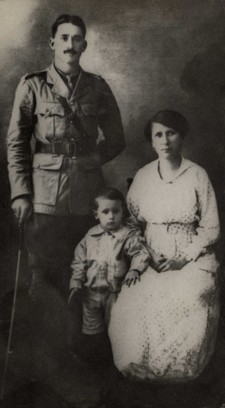 Greatgrand Father Mother And Grandpa 1919